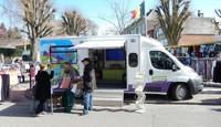 Présence du camion INTRADEL sur le marché, place Communale à AWANS